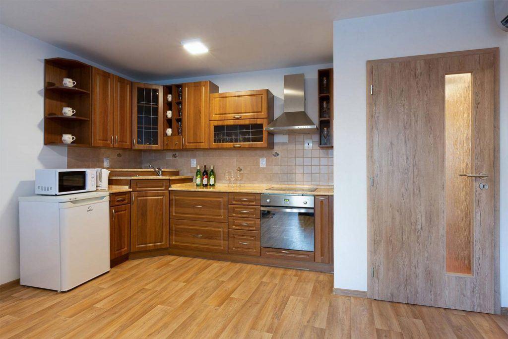 apartman-s-plne-zarizenou-kuchyni-vinarstvi-pritluky-bukovsky